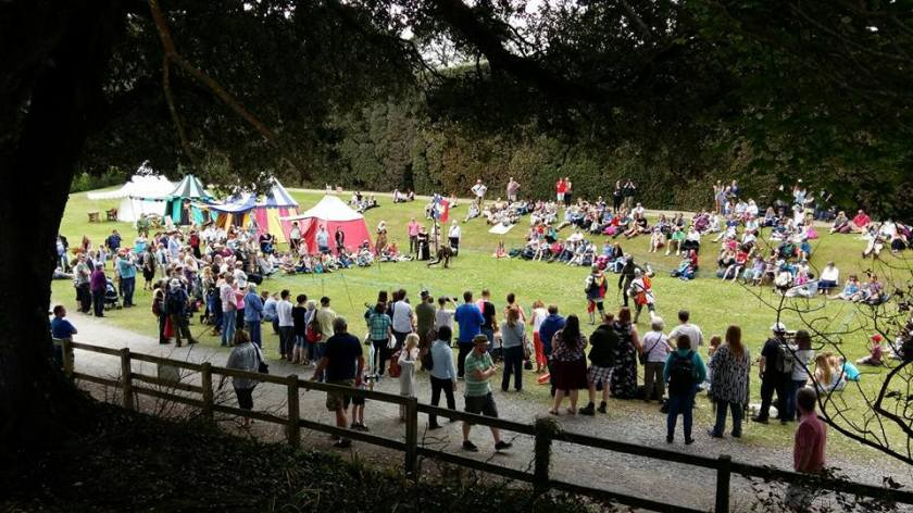 Photograph of the Age of Chivalry at the 2016 Green Man event at Mount Edgcumbe